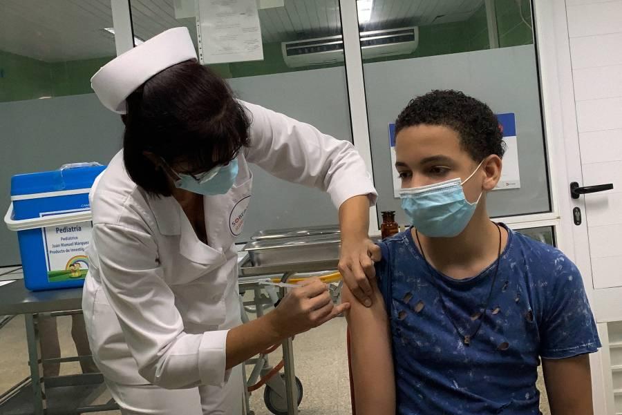Autoridades y expertos señalan que vacunación Covid en menores es necesaria