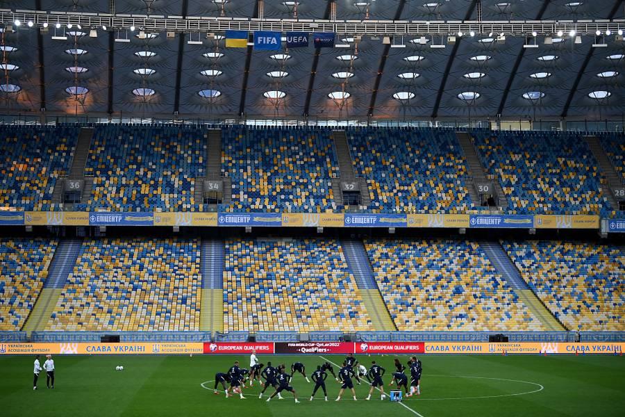 FIFA abre expediente por insultos racistas contra futbolistas en Hungría
