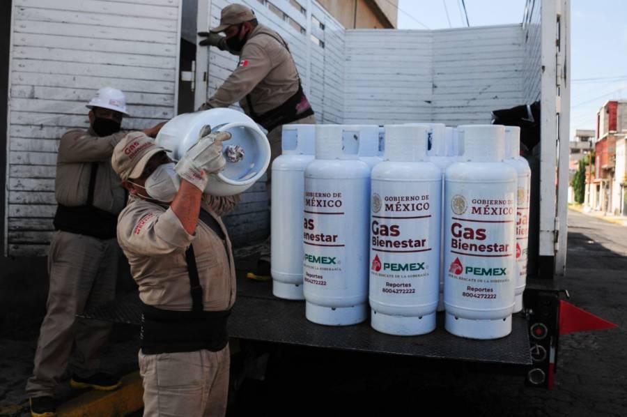 Gas Bienestar beneficia a 159 mil familias; cambian tanques viejos por nuevos