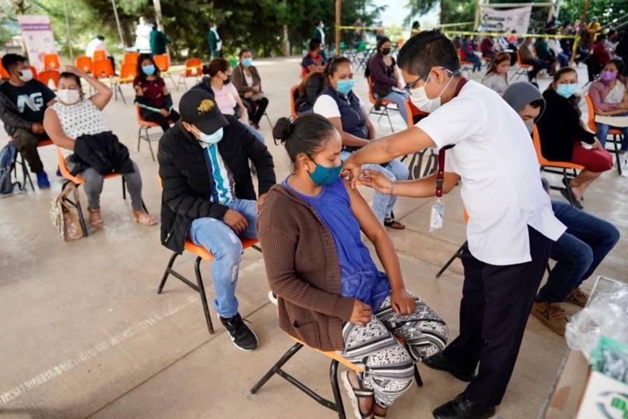 Llegan a Chiapas 83 mil 500 vacunas contra Covid-19, informa Rutilio Escandón