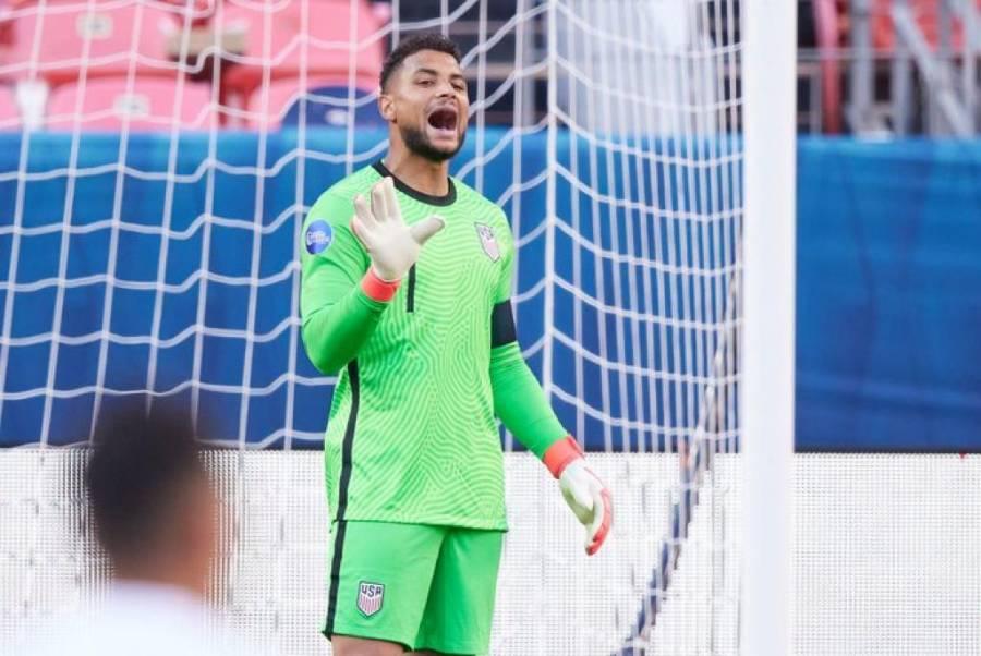 El portero de la selección de fútbol de EEUU Steffen positivo al Covid