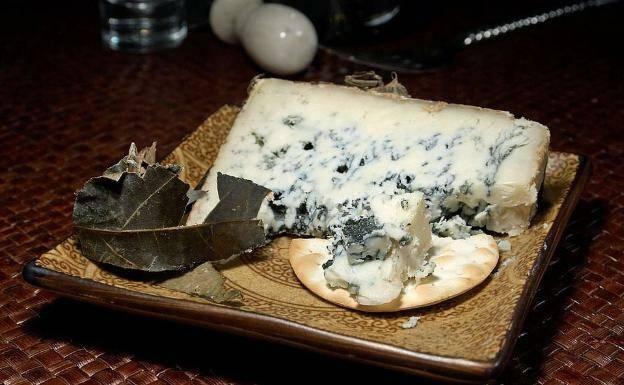 El moho, esencial en quesos y embutidos curados