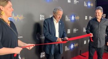 Inaugura Nick Mason exhibición de Pink Floyd en Los Ángeles