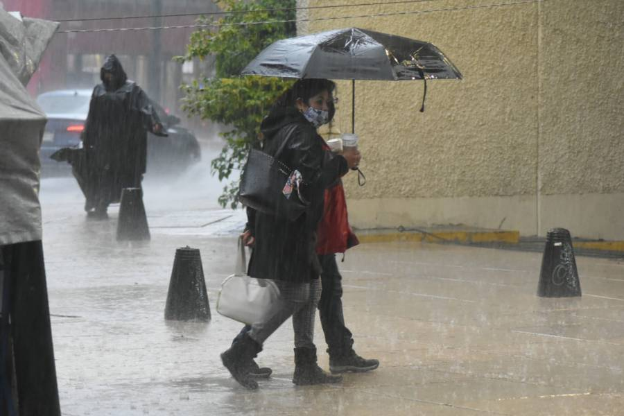 Protección Civil activa Alerta Naranja por lluvias en cinco alcaldías de la CDMX