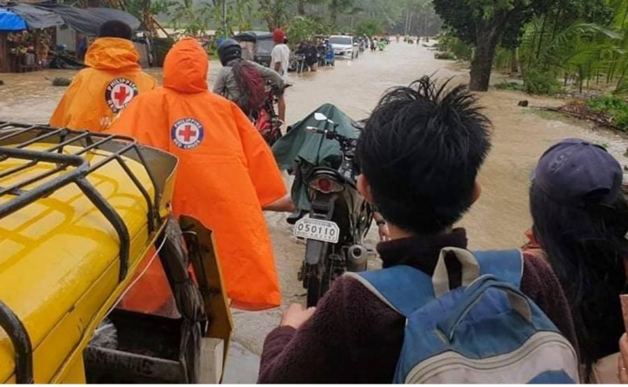 """Tifón """"Conson"""" pega a Filipinas; provoca apagones en varias provincias"""
