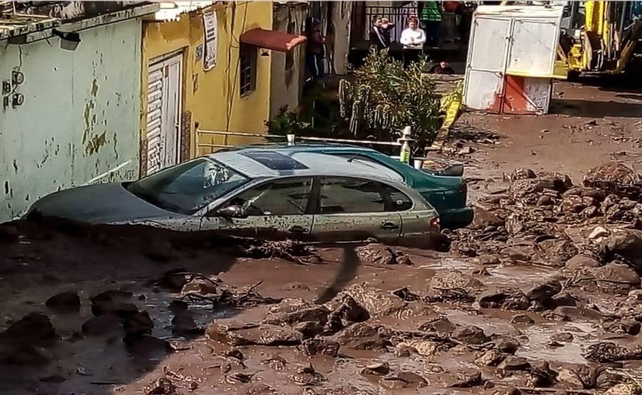 Vecinos de la GAM acusan abandono de autoridades por deslave en Sierra de Guadalupe