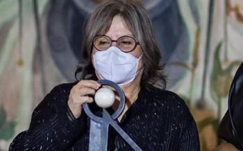 Diamela Eltit, recibe premio Carlos Fuentes 2020