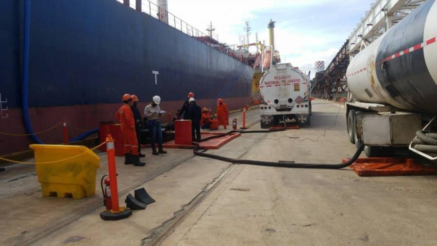SAT: En México 35% del combustible que se consume es de contrabando