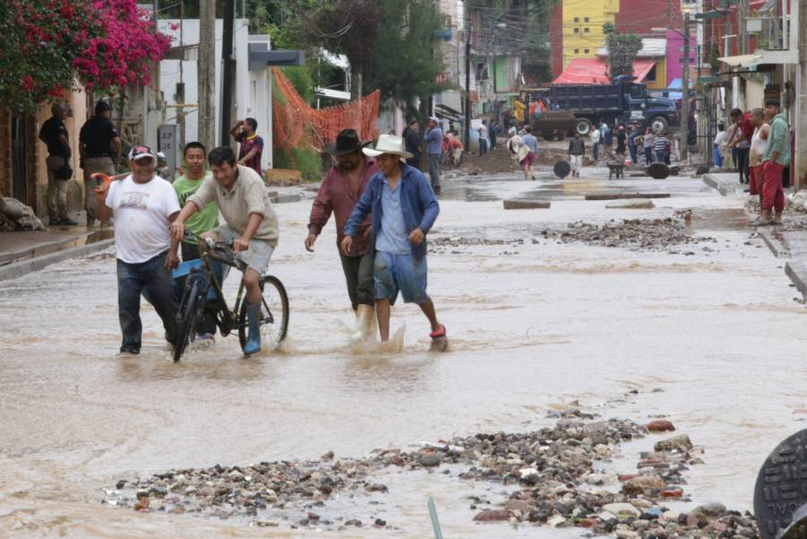 35 mil pesos por vivienda afectada tras paso de huracán Grace y 4 mil 500 a productores: Bienestar