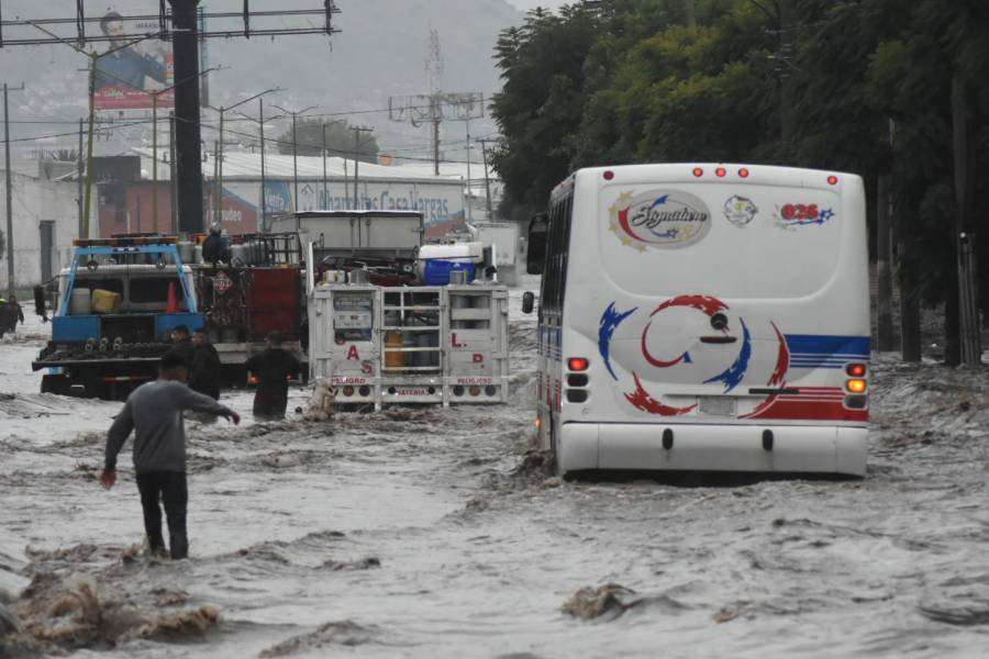 En Ecatepec, 31 mil afectados por lluvias: Protección Civil