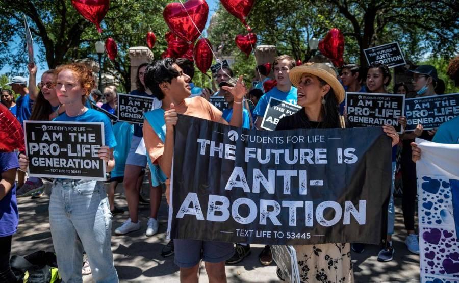 Gobierno de Biden demandará a Texas por ley de aborto