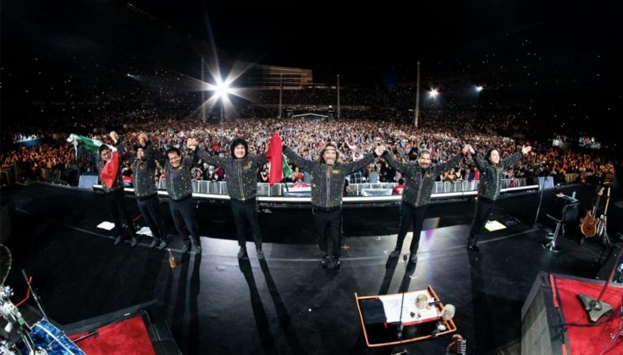 Los Bukis, primer grupo latino en presentarse en el Soldier Field Stadium de Chicago
