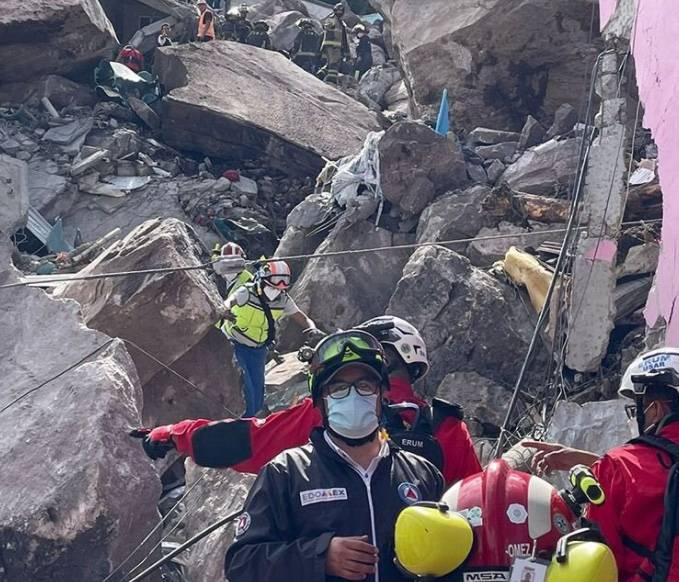 Deslave en Cerro del Chiquihuite, deja un muerto y 10 desaparecidos