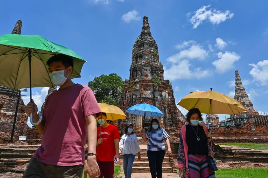 Bangkok abrirá en octubre solo con turistas vacunados