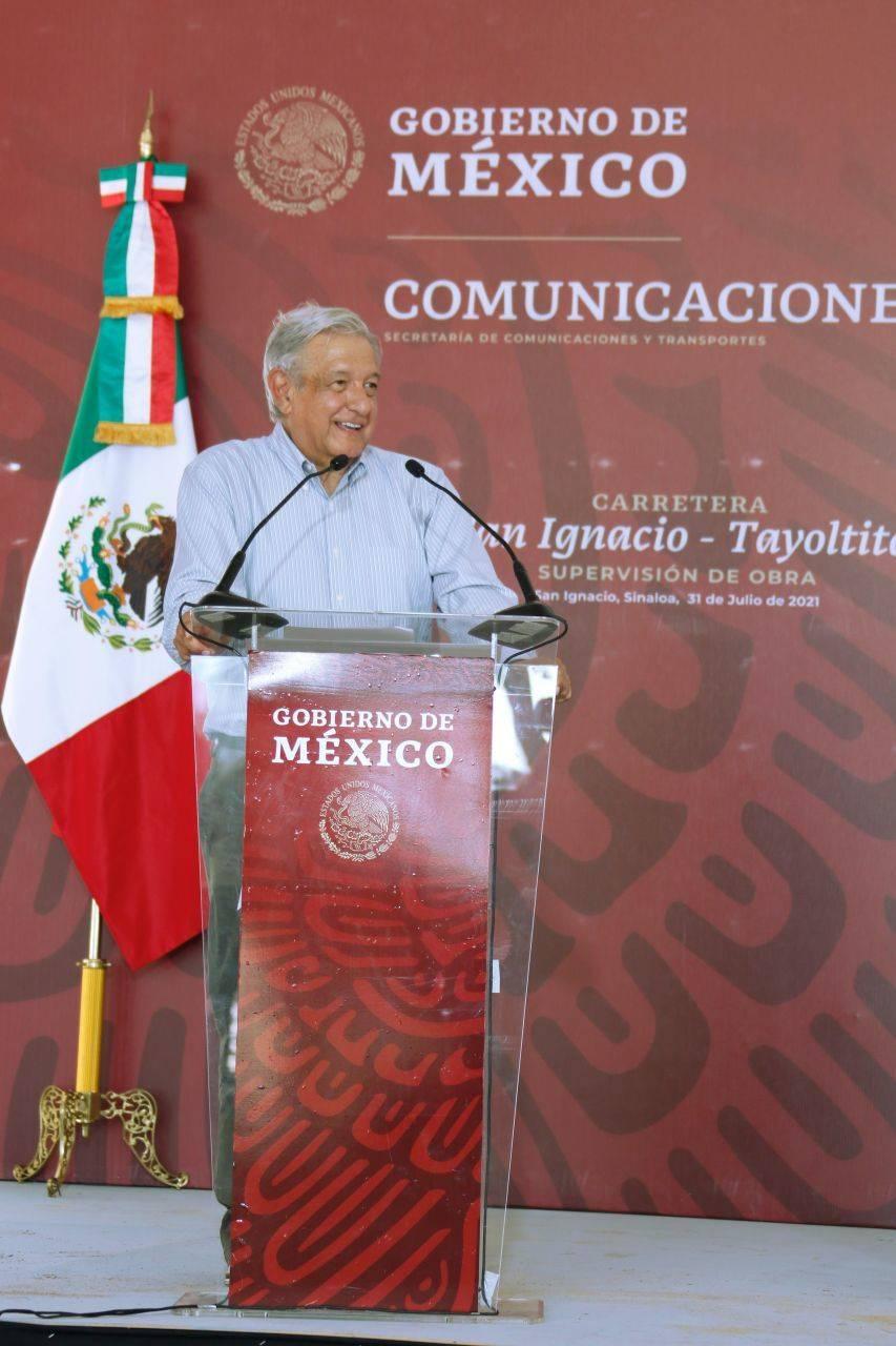 AMLO dice que Quirino Ordaz no tendría que renunciar al PRI, tras proponerlo como embajador de México en España