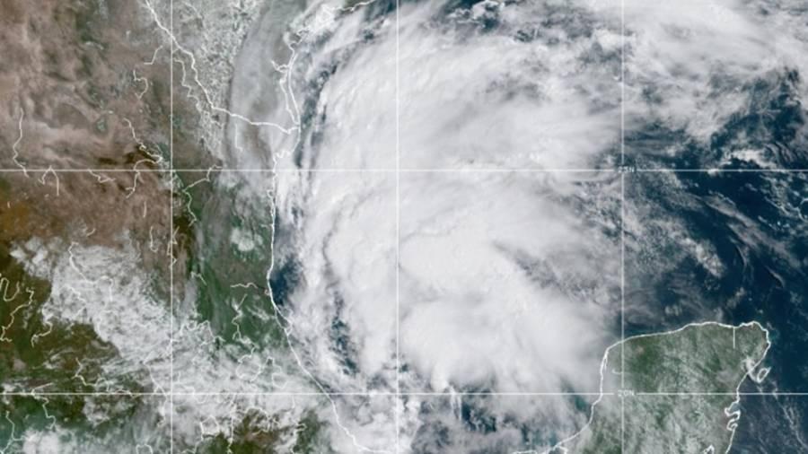 Se forma tormenta tropical Nicholas; emiten alerta para costas de Texas y México