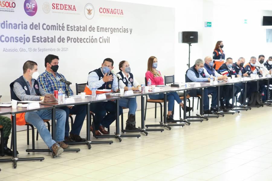 Diego Sinhue pide más equipo hidráulico para ayudar a comunidades de Abasolo