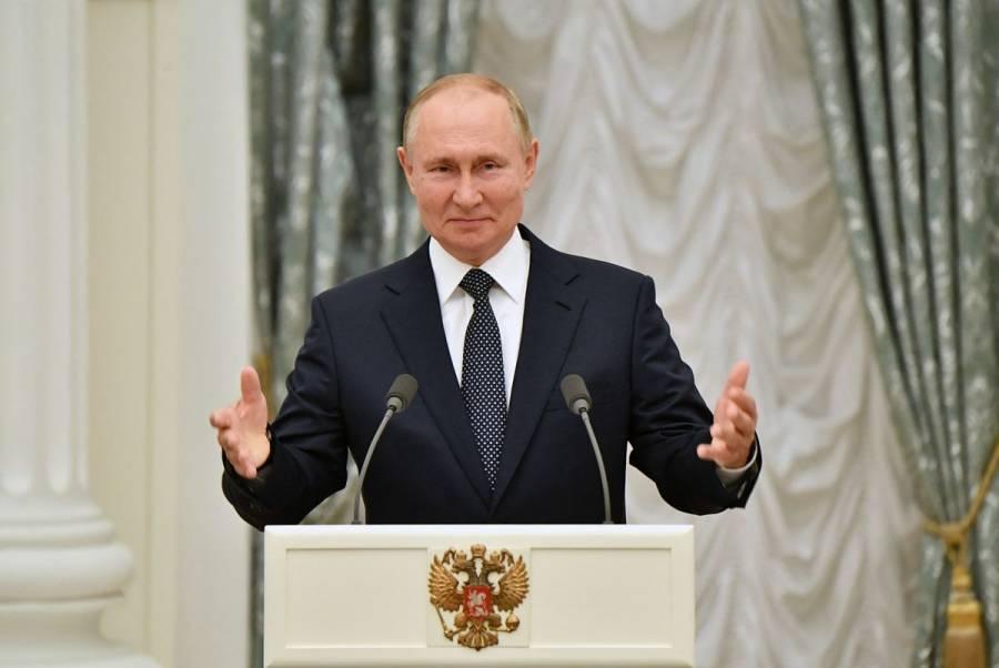 Vladimir Putin, en cuarentena tras detección de casos de Covid-19 en su entorno