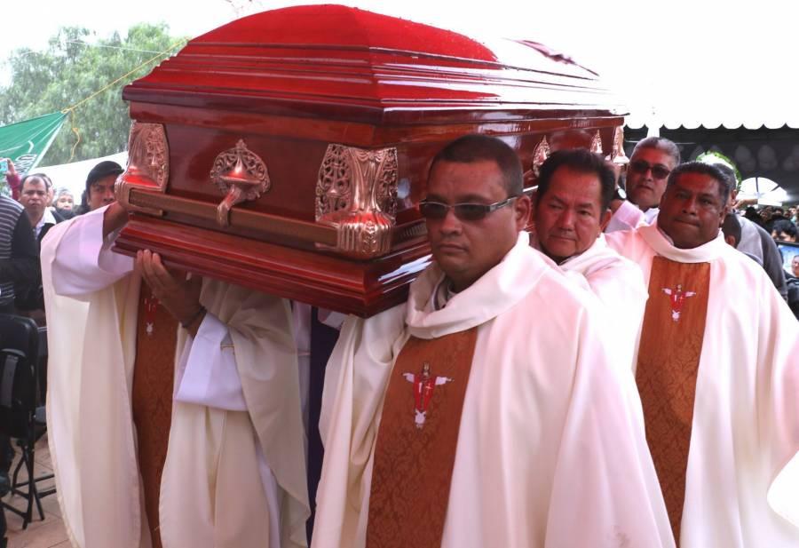 Clérigos y religiosos fallecidos por Covid-19 en México: van 280