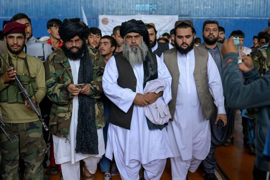 Los talibanes agradecen al mundo por la ayuda prometida y piden a EEUU mostrarse generoso