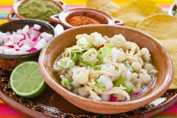 México produce 24 mil toneladas de maíz para pozole anualmente