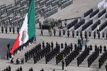 Estas son las fuerzas militares extranjeras que marcharon junto a México