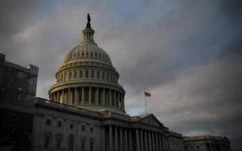 Se incendia edificio cerca del Capitolio en Washington DC