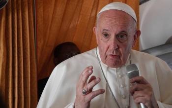 El Papa Francisco abre conferencia sobre abusos sexuales en Europa Central y Oriental
