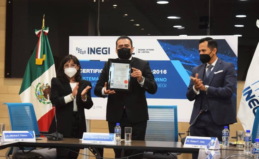 """Recibe INEGI certificado ISO en """"Sistemas de Gestión Antisoborno"""""""