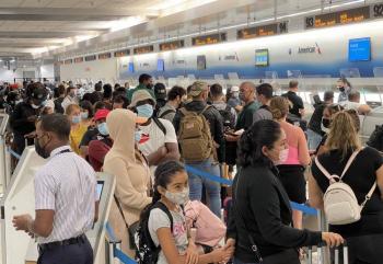 Extranjeros que quieran visitar Estados Unidos deberán estar vacunados contra Covid-19