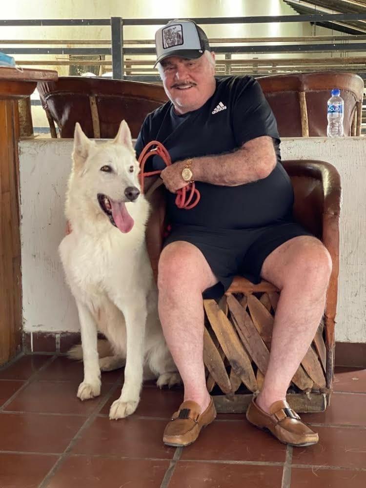 Serie de Vicente Fernández llegará a Netflix bajo la producción de Caracol Televisión