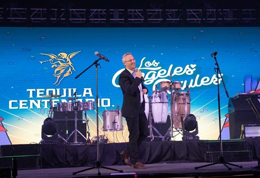 Los Ángeles Azules ofrecen concierto homenaje a México y al tequila