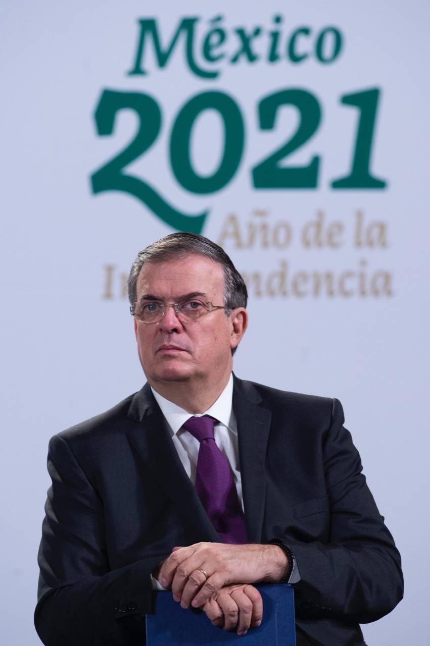 Pide Ebrard solución ante crisis migratoria a secretario de Estado de EEUU