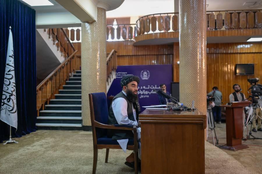 Oficializan nuevo gobierno Talibán sin mujeres a cargo