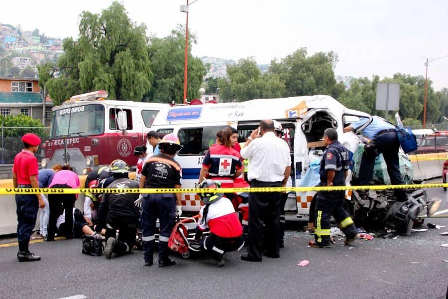 Carambola en carretera de Veracruz deja al menos dos muertos