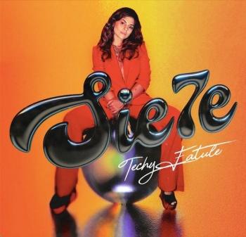 """La estrella pop dominicana Techy Fatule, comparte su magia en """"Sie7e"""""""