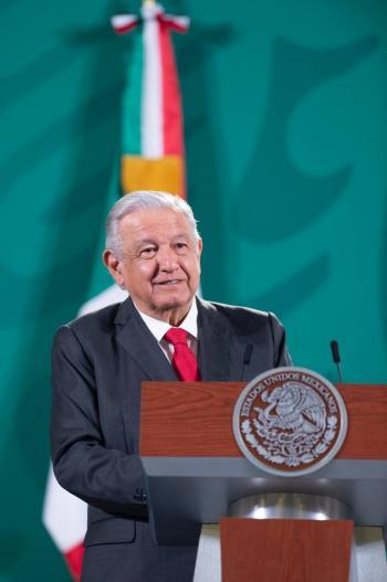 AMLO respetará decisión de SCJN sobre objeción de conciencia