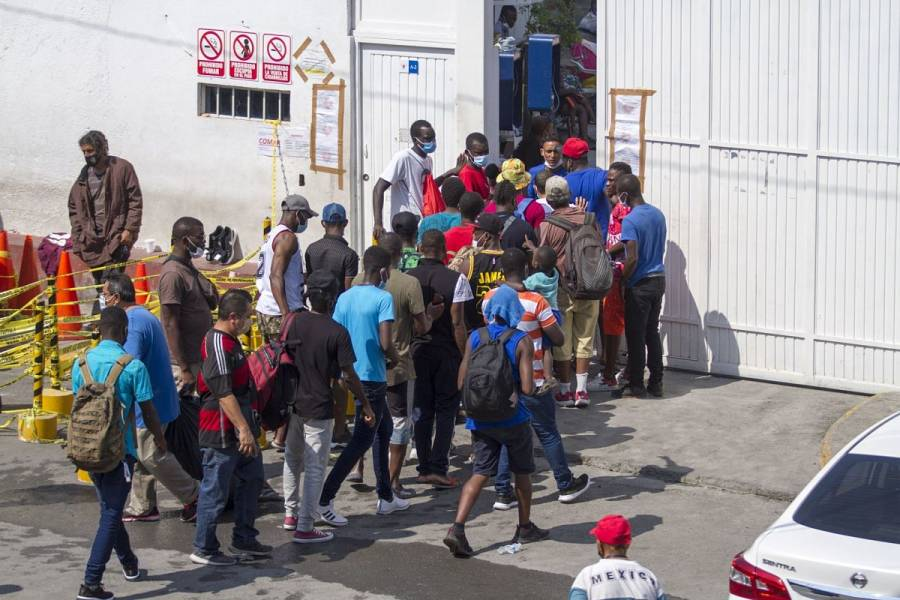 Crimen organizado, involucrado en llegada de haitianos a Coahuila: Miguel Ángel Riquelme