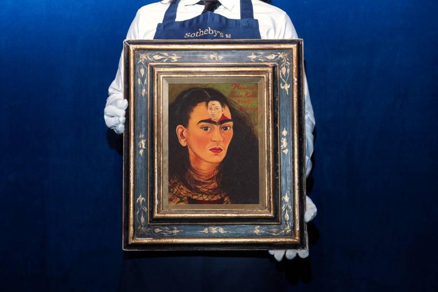 Sotheby's busca nuevo récord con venta de autorretrato de Frida Kahlo
