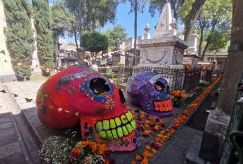 Aprende como crear una ofrenda de Día De Muertos Prehispánica
