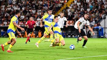 La Juventus logra su primera victoria ente La Spezia (3-2)