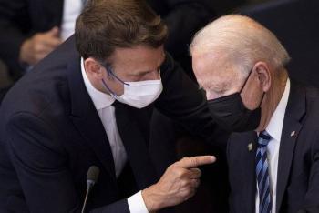 Joe Biden y Emmanuel Macron prometen restablecer la