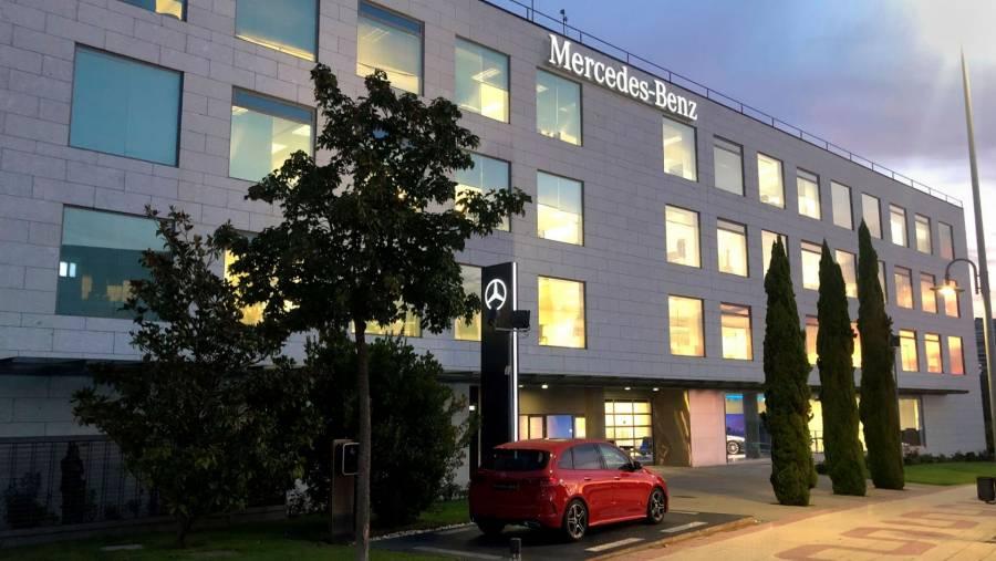 Mercedes-Benz fabricará baterías de coches