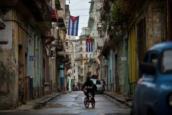 Restaurantes y bares reabrirán en Cuba