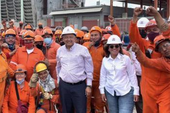 López Obrador inicia recorrido de supervisión de refinería en Cadereyta, Nuevo León