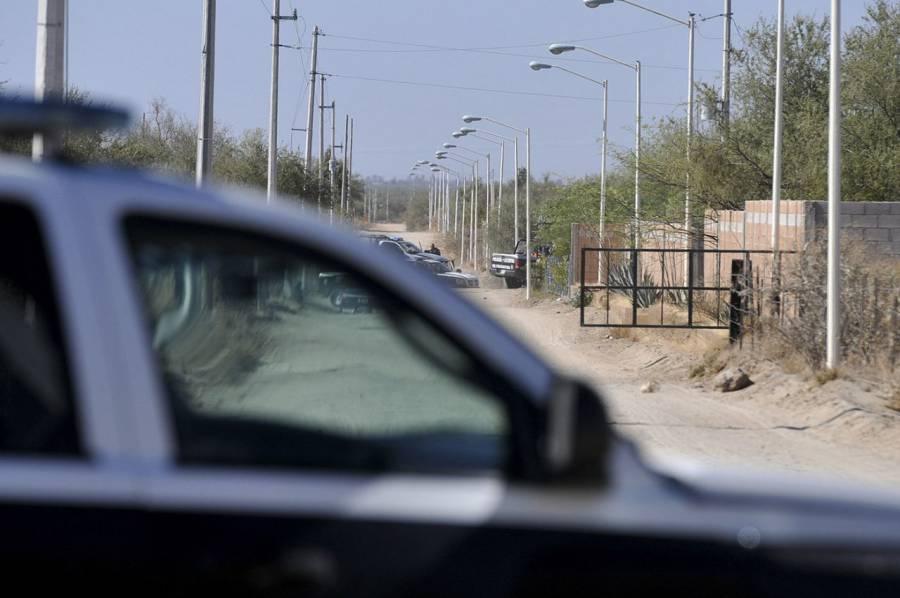 Reportan desaparición de tres policías en carretera de San Luis Potosí