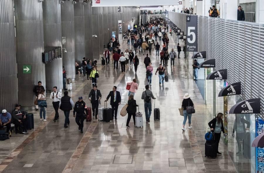 Aumenta 48% asientos de avión programados para viajar de EEUU a México