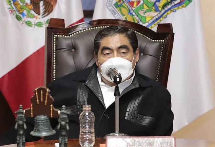 Gobierno de Puebla brinda apoyo por 200 mdp a afectados por huracán