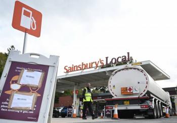 Reino Unido ve el principio del fin en crisis de combustible