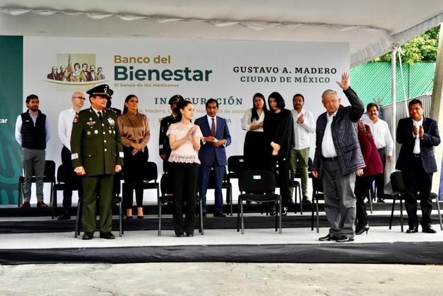 AMLO inaugura en CDMX la primera de 2 mil 700 sucursales de Banco Bienestar